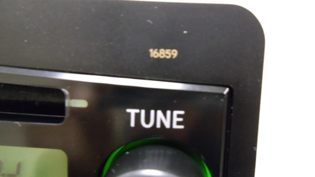 toyota tundra radio am fm cd player 86120 0c060 2005 2006  [ 1280 x 720 Pixel ]
