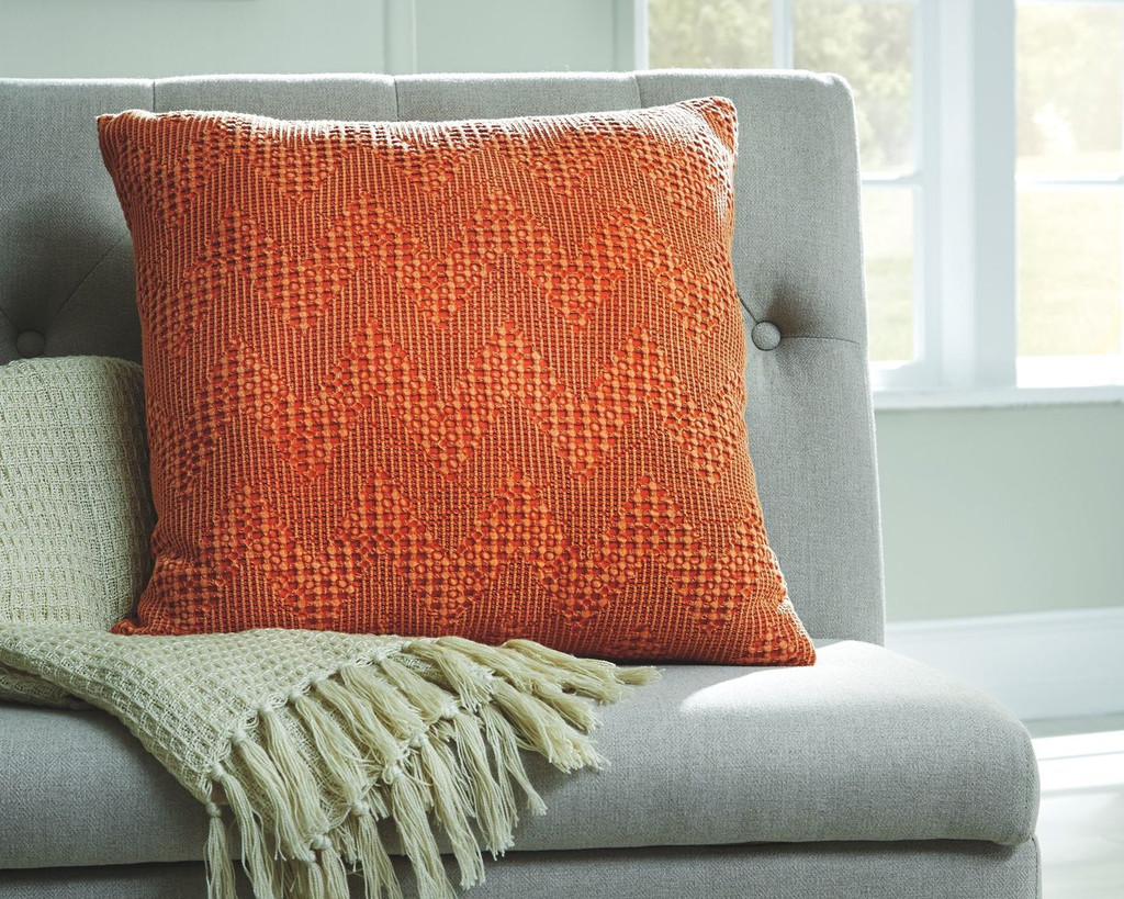 the dunford rust accent pillow set