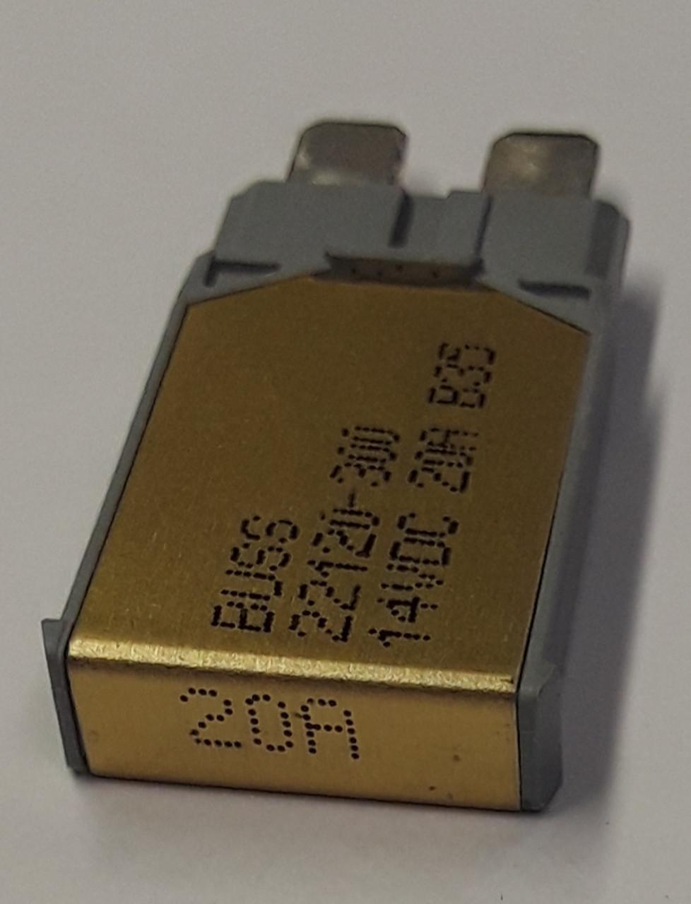 22120 300 cooper bussmann type 1 mini circuit breaker auto reset 20 amps [ 978 x 1280 Pixel ]