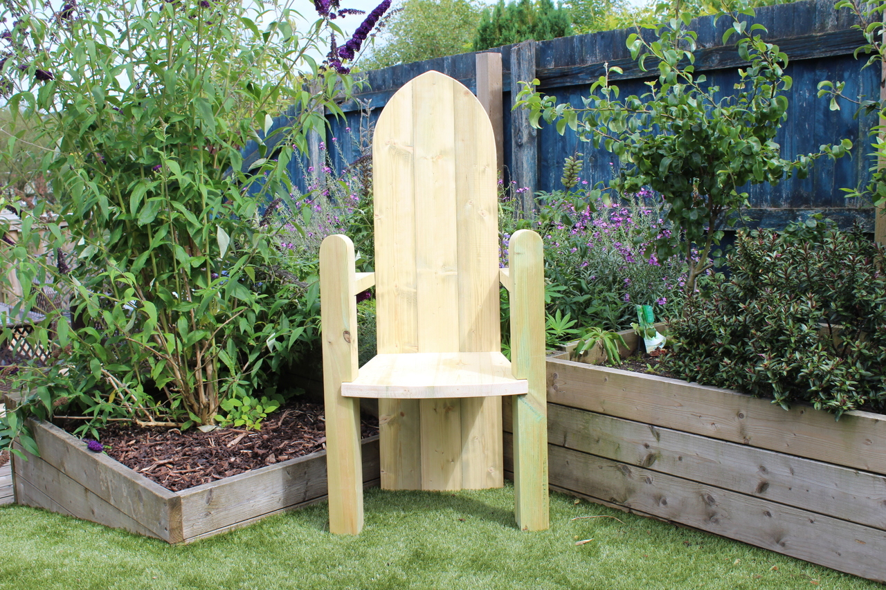 Storytime Chair Outdoor Large Hand Made Wooden Giant Chair Without Graphics