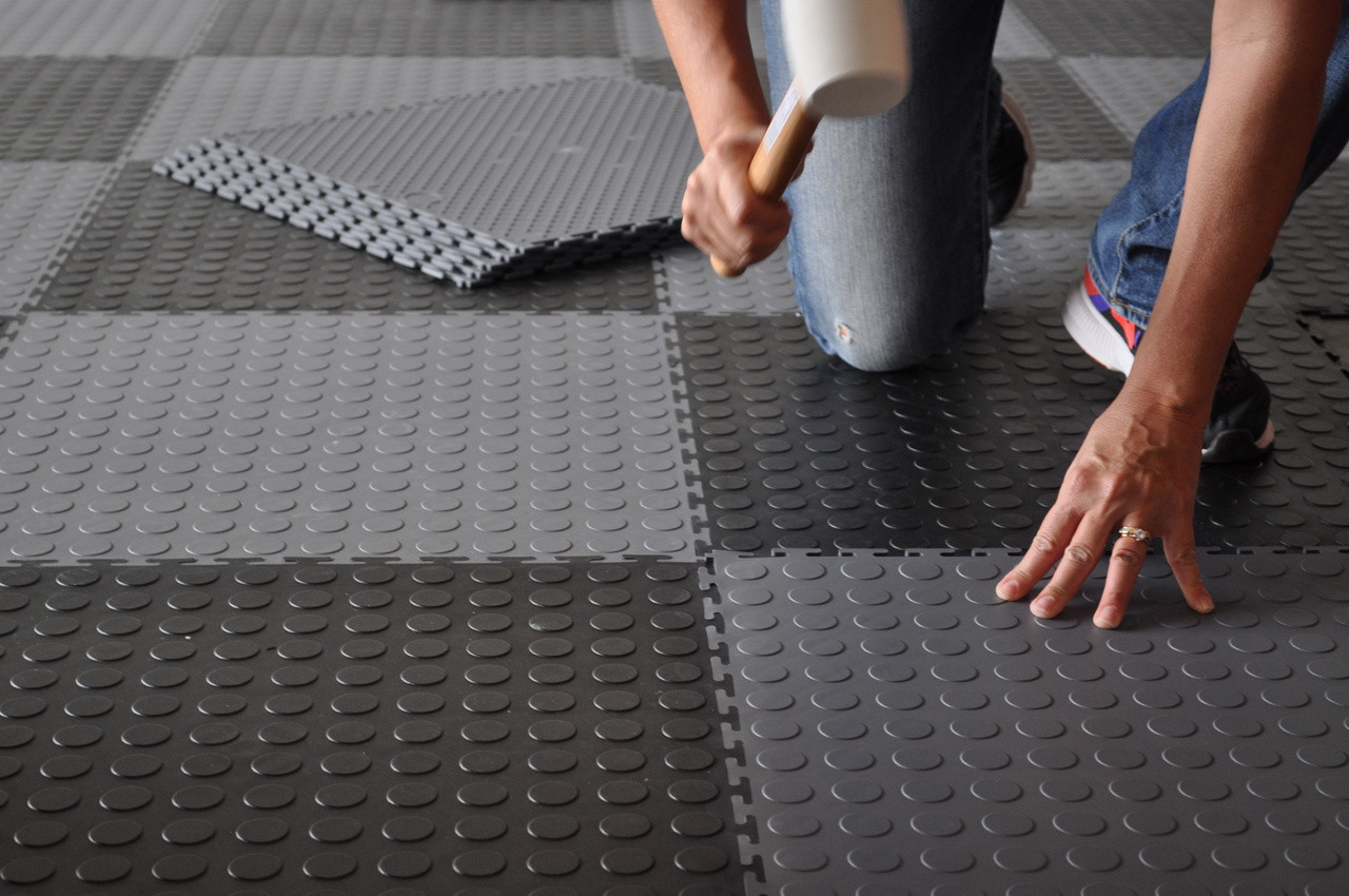 https www elitegaragefloors com perfection floor tile coin black 8 tiles case 23 2sqft case