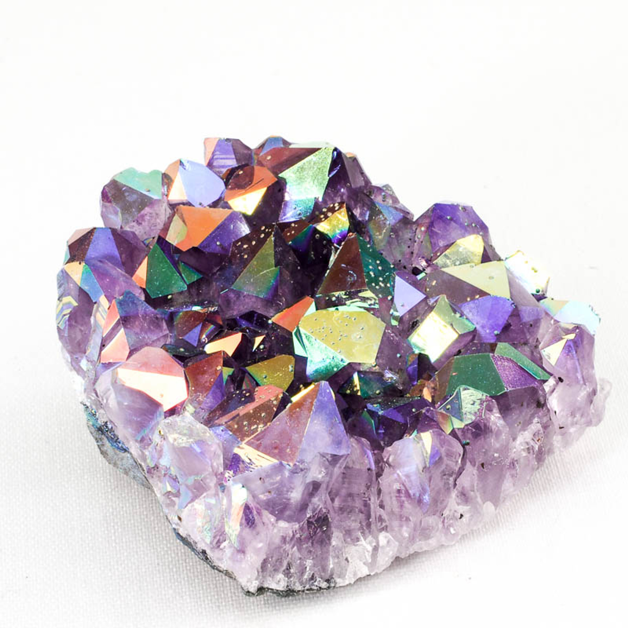 Titanium Aura on Amethyst Cluster | Metaphysical Meaning ...