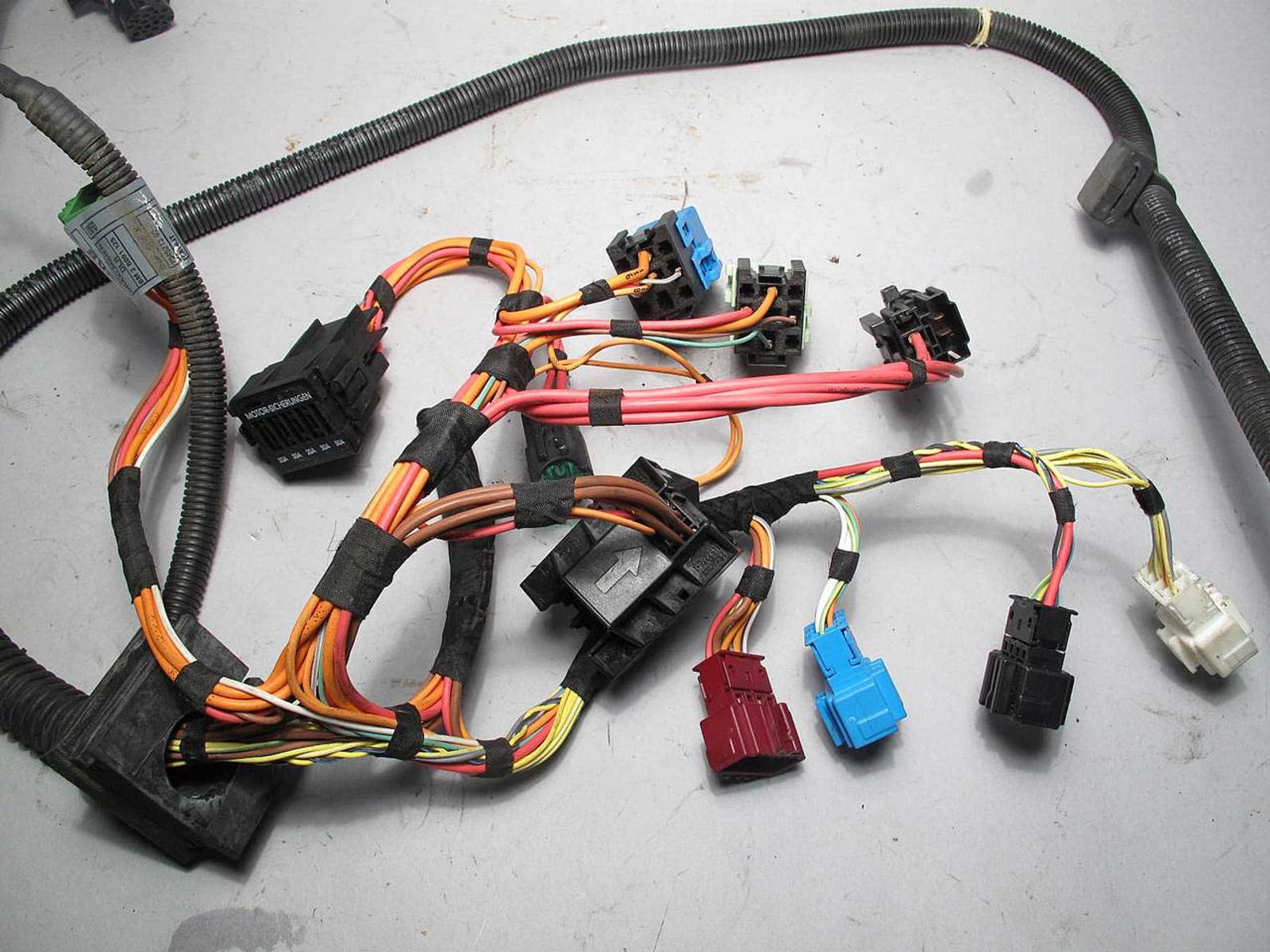 2006 bmw e90 n52 325 330 automatic transmission wiring harness complete used oem [ 1280 x 960 Pixel ]