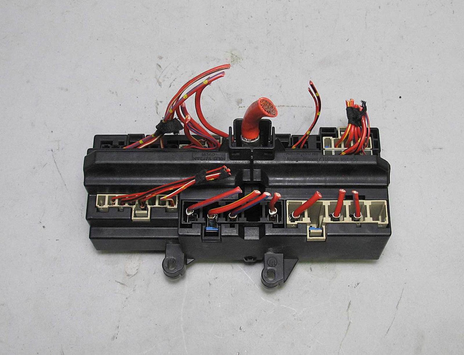 bmw e65 e66 7 series front glove box dashboard fuse  [ 1280 x 978 Pixel ]
