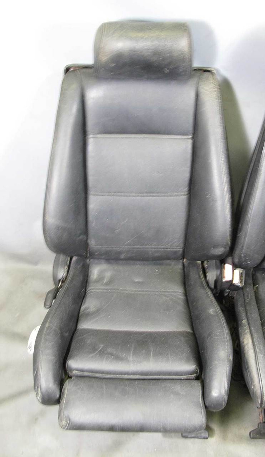 sports seats pair black leather used img bmw  [ 929 x 1600 Pixel ]