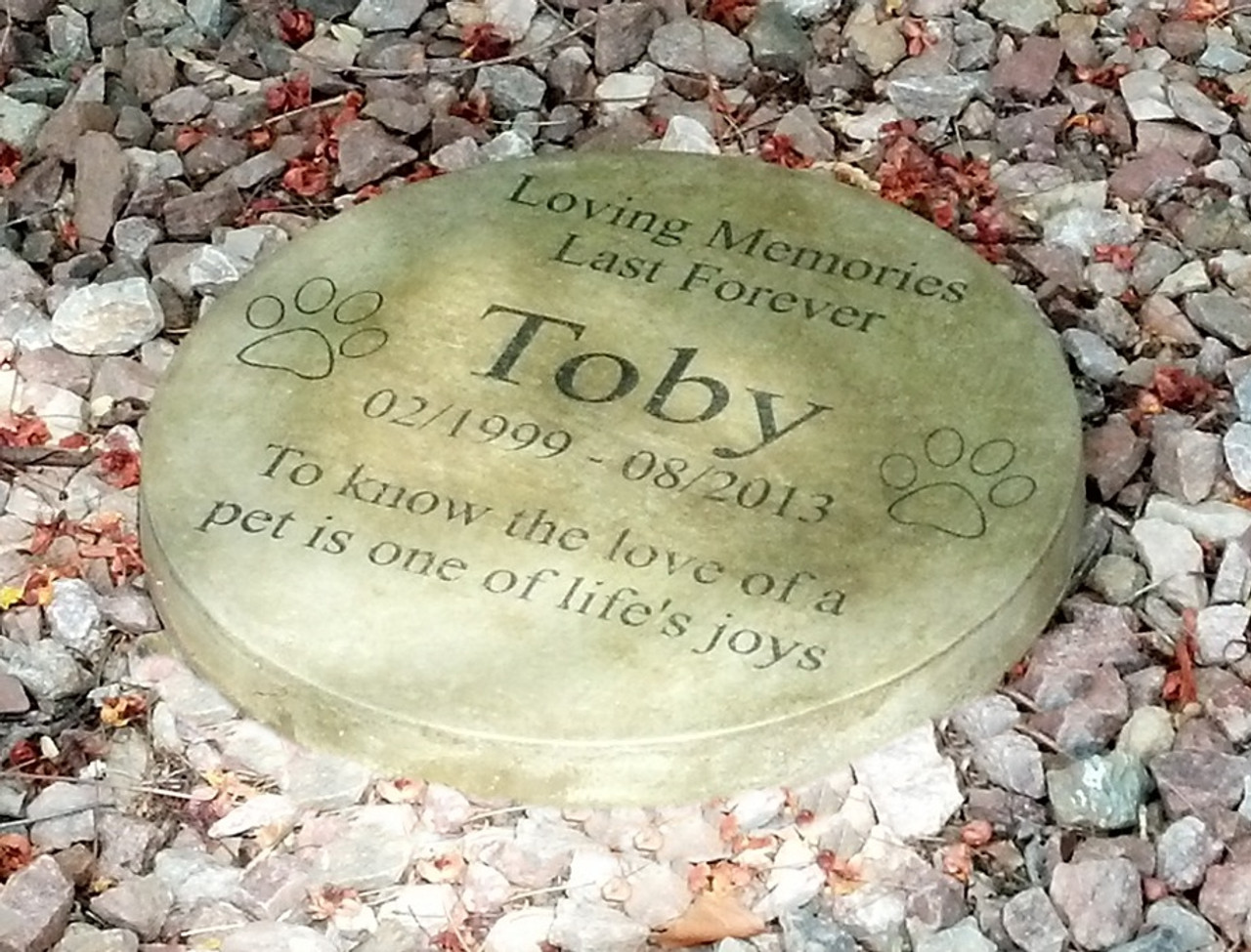 personalized engraved pet memorial