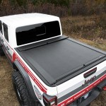 Roll N Lock 2020 Jeep Gladiator 5ft Bed W Trail Rail System M Series Retractable Tonneau Cover Lg495m Complete Street Performance