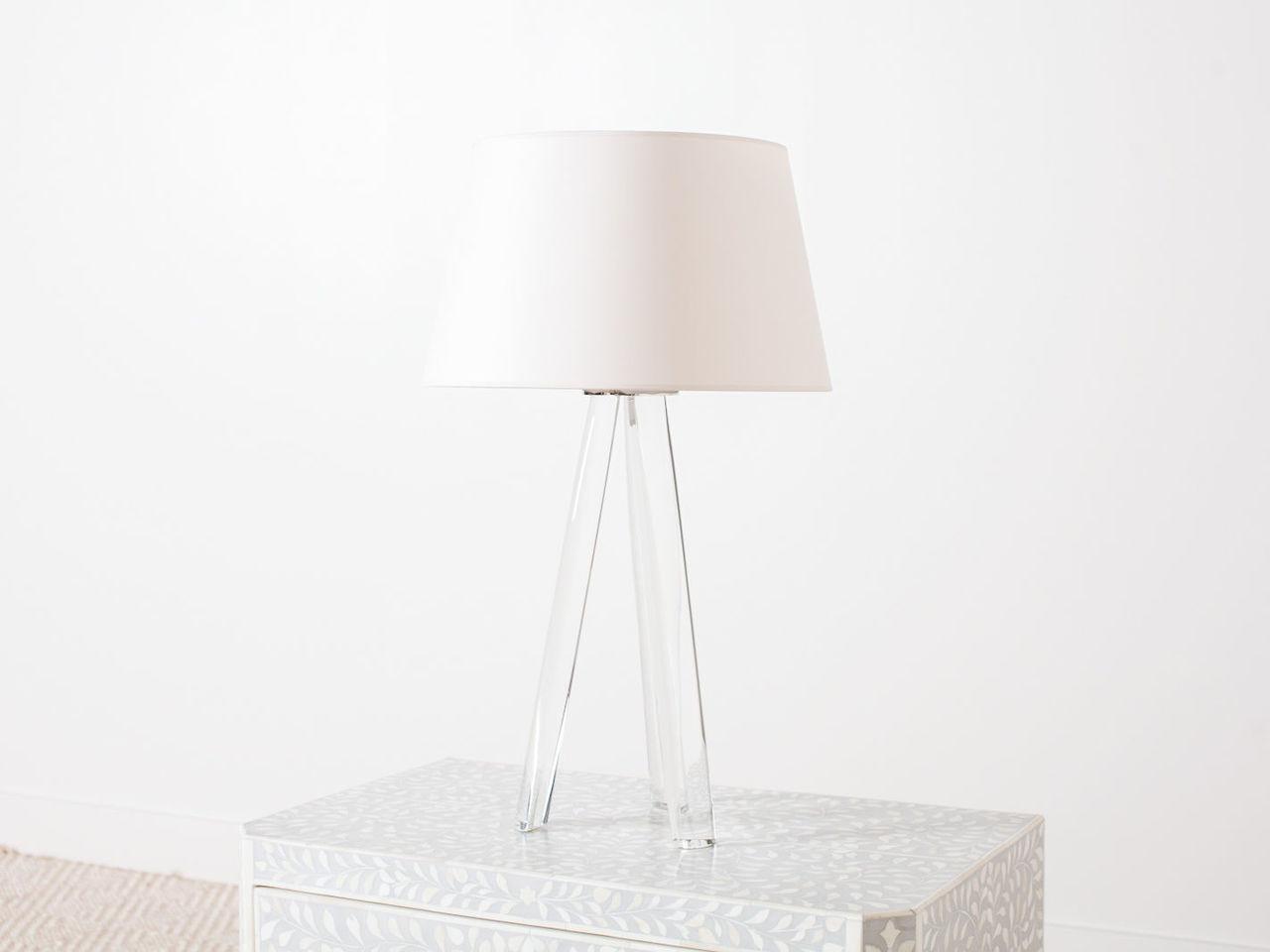 tripod table lamp [ 1280 x 960 Pixel ]