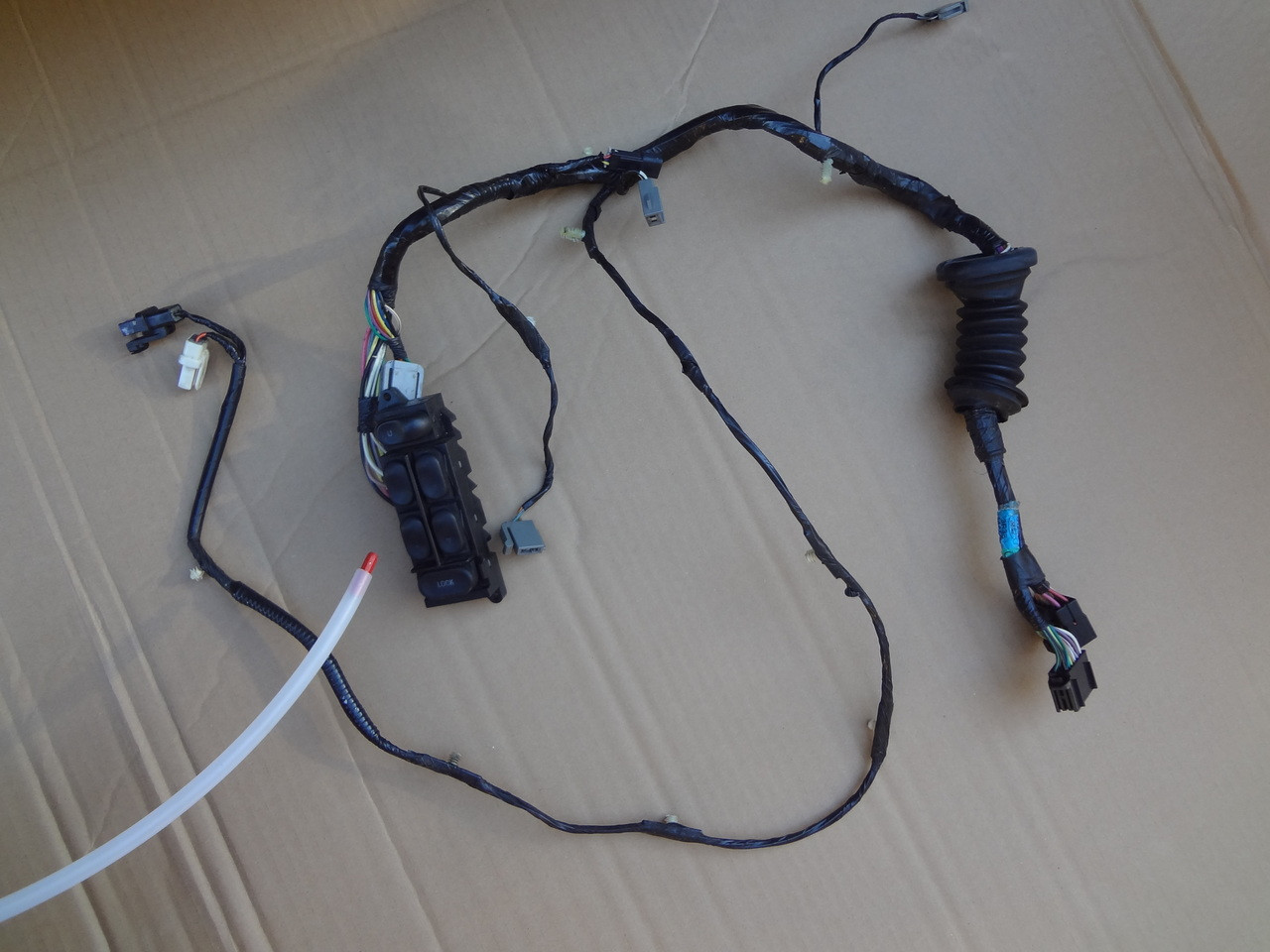 medium resolution of 2003 2004 mustang cobra lh convertible door wire harness switch 3r33 14a509