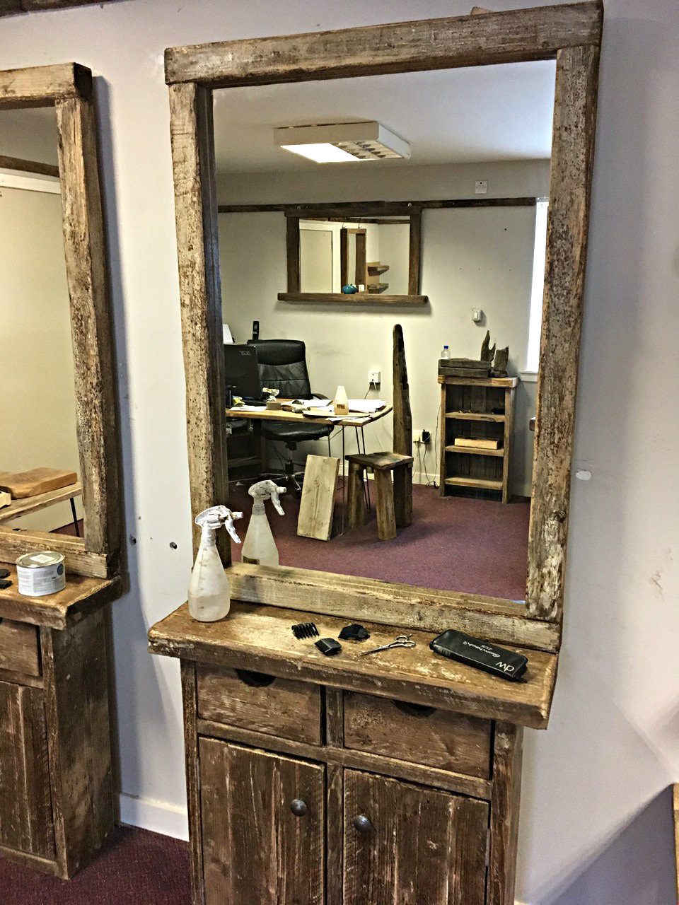 salonbarbershopstylingstationwithmirrorforsale