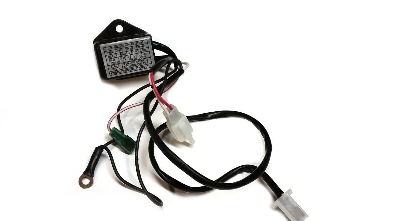 original kinetic cdi ignition box 03197390 [ 1280 x 720 Pixel ]