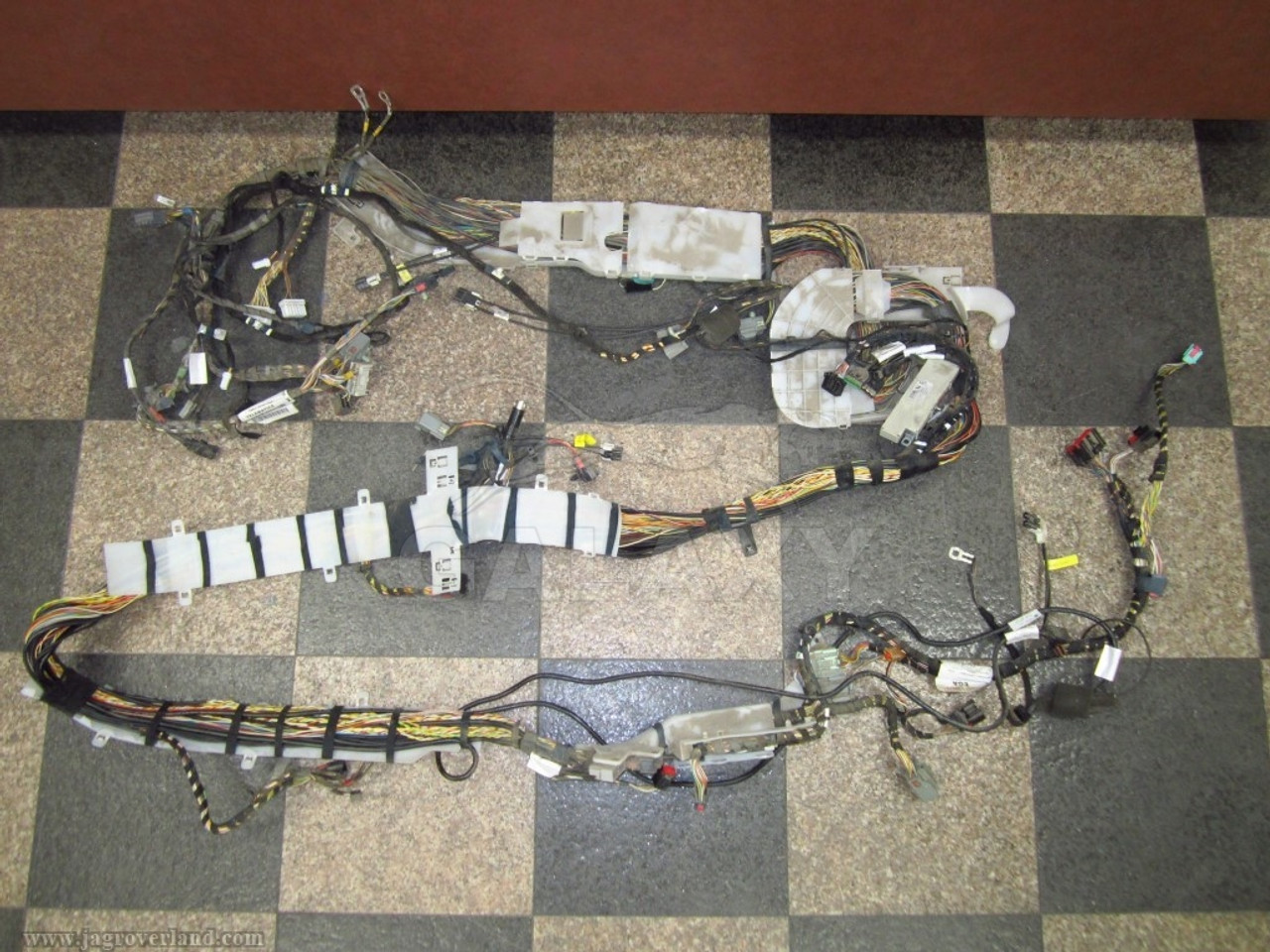 hight resolution of  jaguar 04 xj8 xjr vanden plas complete rear to interior multimedia electronic wiring harness