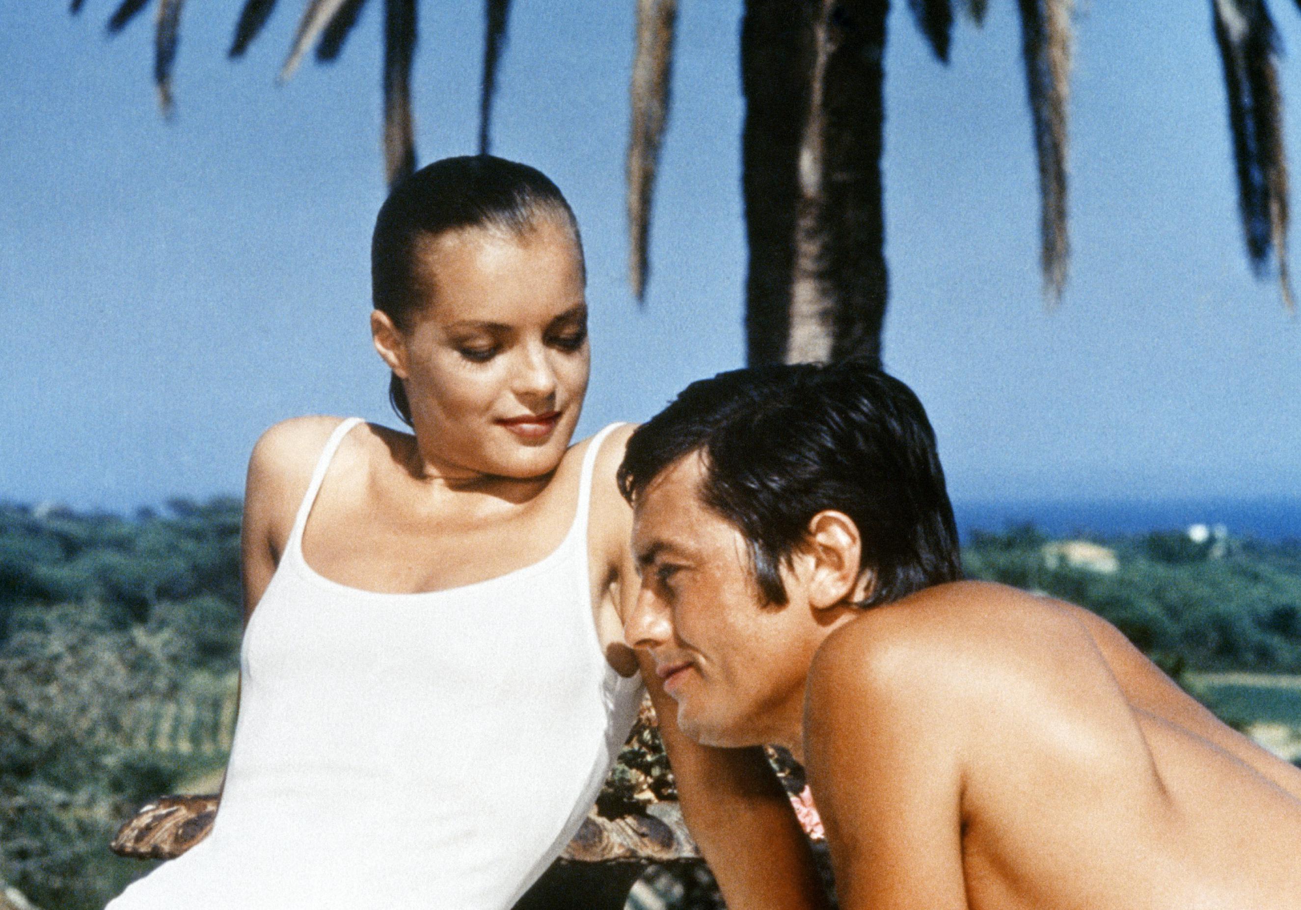Trailer i made for the film 'la piscine'. Notre film culte du dimanche : « La Piscine » de Jacques Deray (1969) - Elle