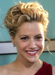 short curly romantic hairstyles