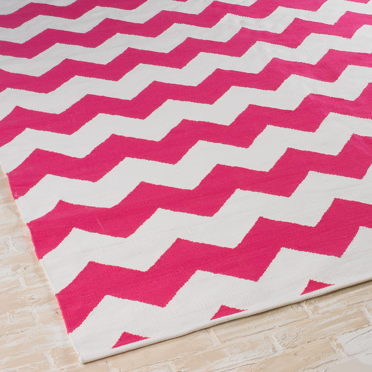 14 Stylish Rugs That Are So Durable Even Your Kids Cant Destroy Them