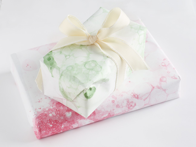 Paint and Soap Bubble Wrapping Paper