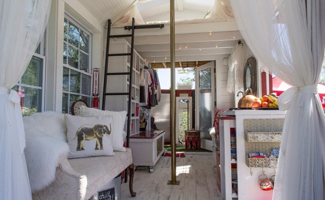 Tiny House Festival Helps Movement Build Momentum In