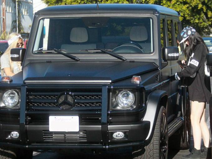 Kylie Jenner y sus autos  Atraccin360