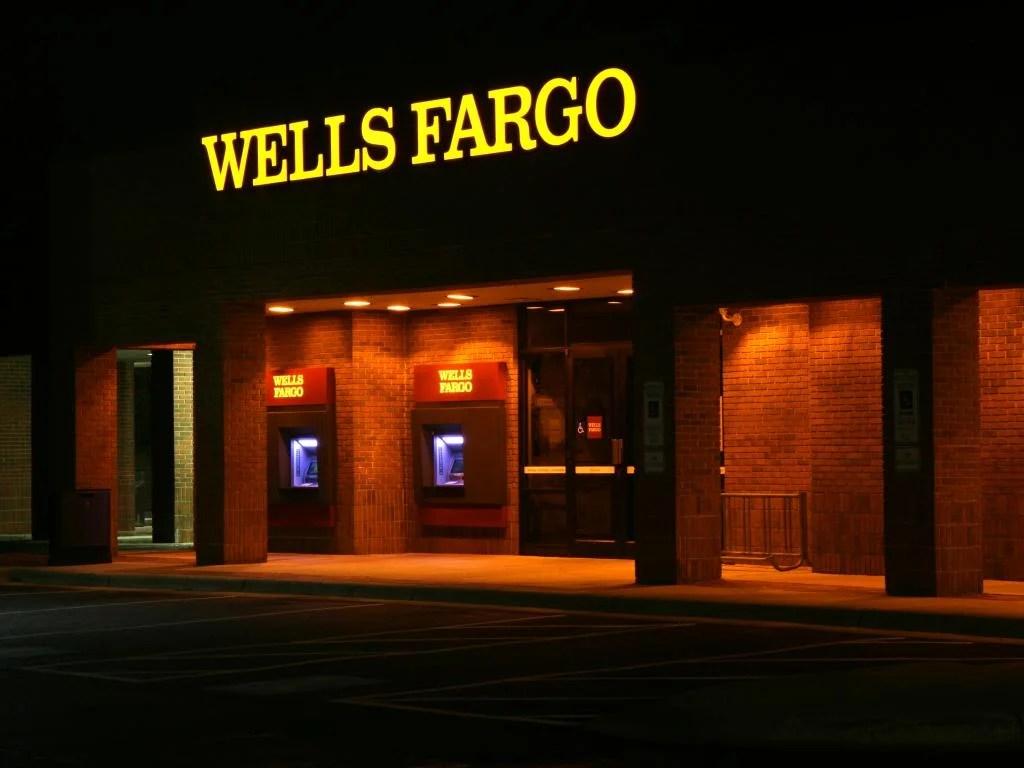 wells fargo reports q1