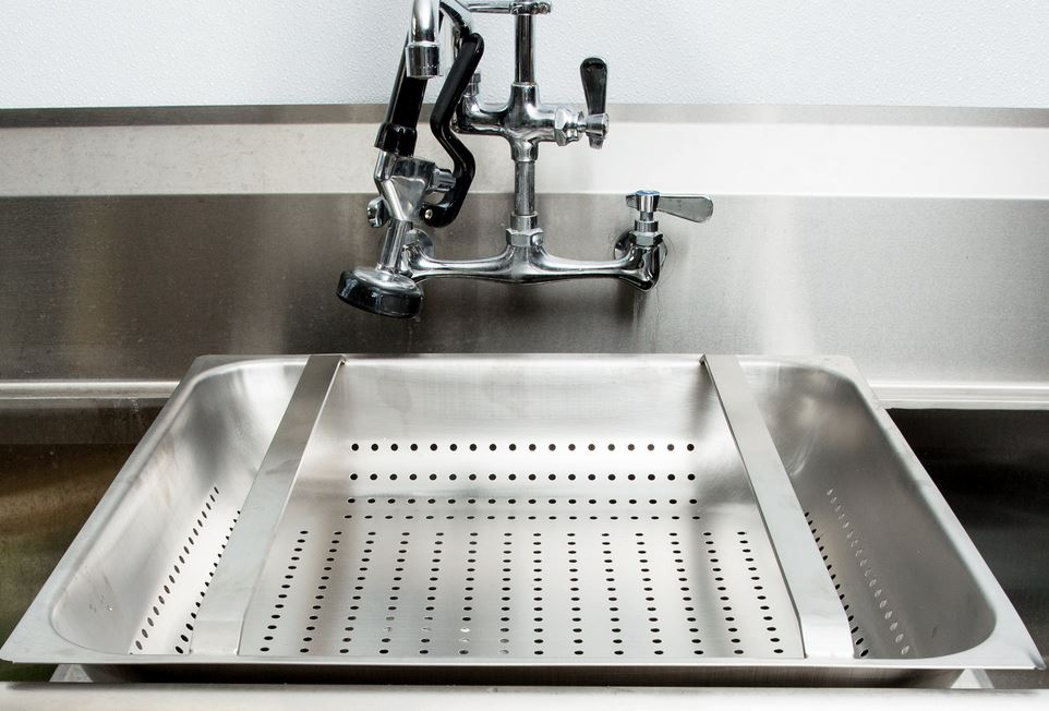 kitchen sink drain plumbing eat in table pre-rinse strainers for commercial
