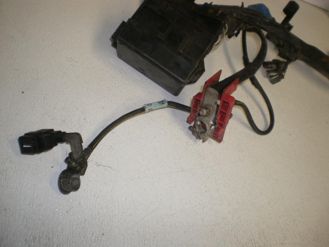 small resolution of 1999 ford escort 2 0 2000 sohc automatic computer ecu brain engine 1979 ford f150 alternator wiring 1999 ford windstar alternator wiring