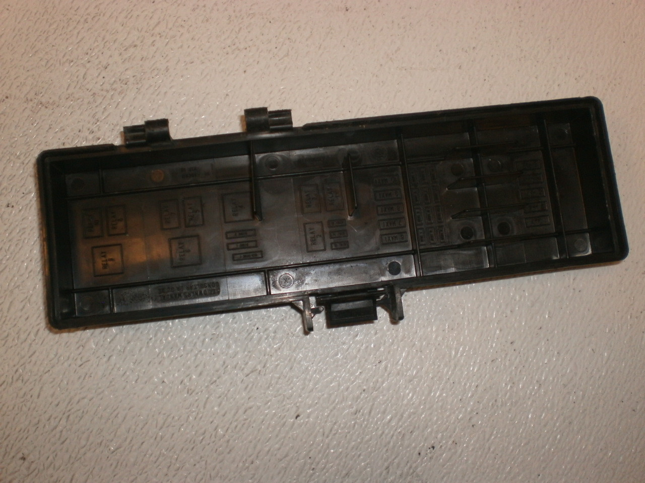 small resolution of 1995 2001 ford explorer under hood fuse panel lid cover trim diagram b1 uta 64361 larger more photos