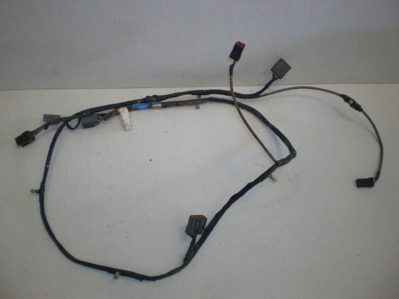 medium resolution of 1999 2001 ford mustang mach 460 coupe rear amplifier sub speaker box wire harness stereo