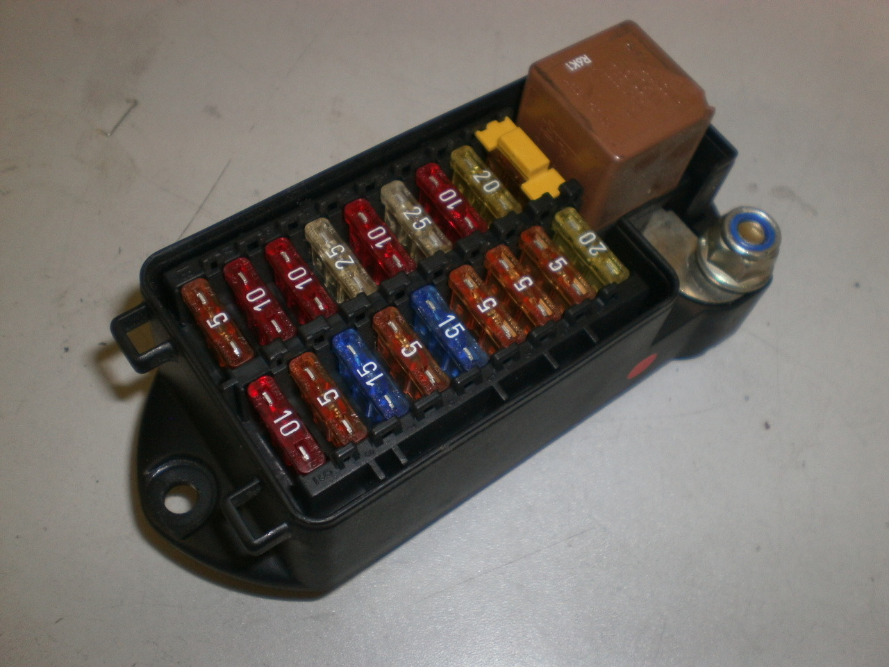 medium resolution of 2002 jaguar fuse box seat