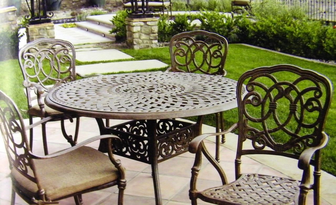 darlee florence patio furniture dining set with round table seats 4