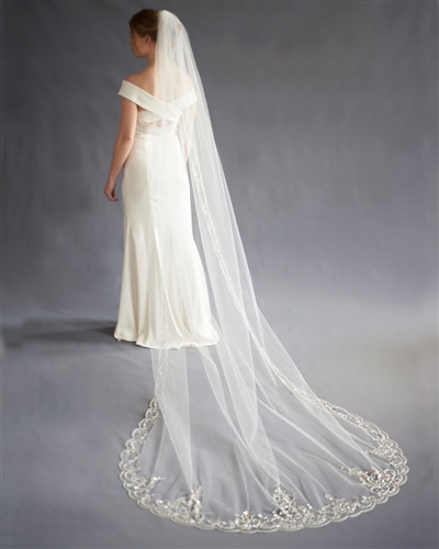 intricate cathedral wedding veil