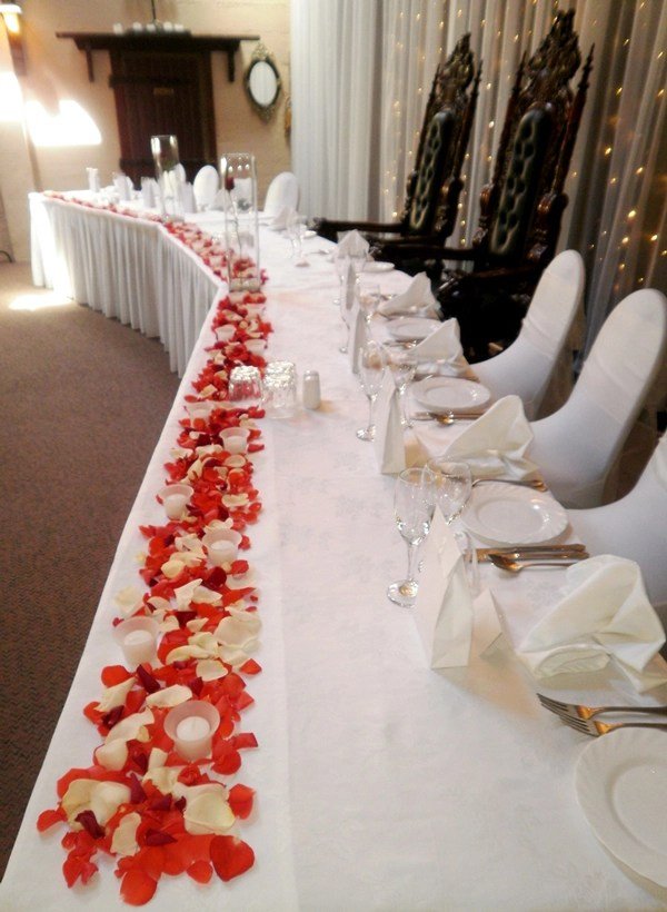 15 Fun Ways To Use Rose Petals At Your Wedding Flyboy