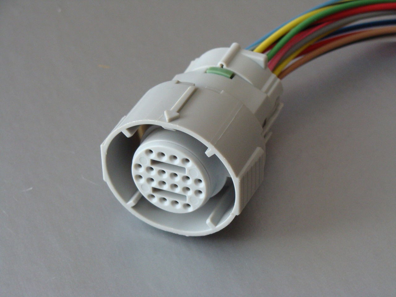 medium resolution of  automatic transmission harness connector image 1