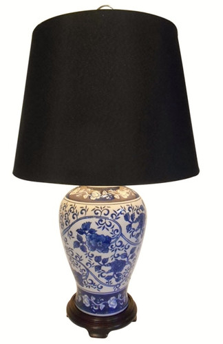 Table Lamp in Chinese Porcelain with Blue and White Floral