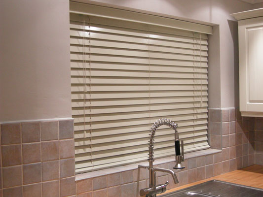 kitchen shutters wooden island 8 window treatment ideas - 3 step blinds ...