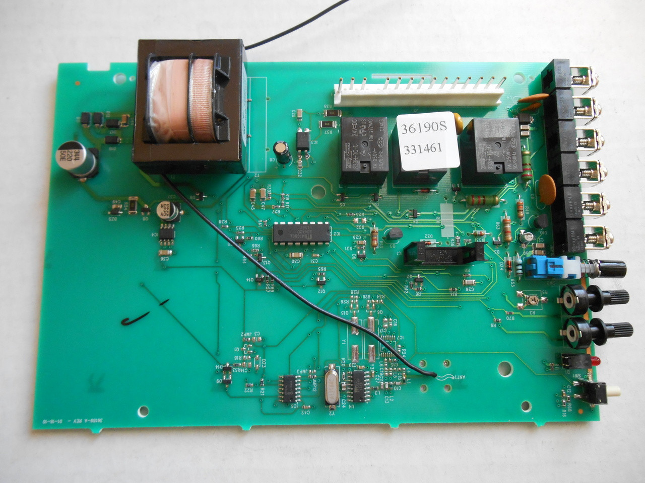 small resolution of circuit board genie chainglide 20380s overhead door parts online genie pro max capacitor genie pro max circuit board wiring diagram