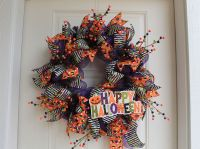 DIY Mesh Happy Halloween Wreath
