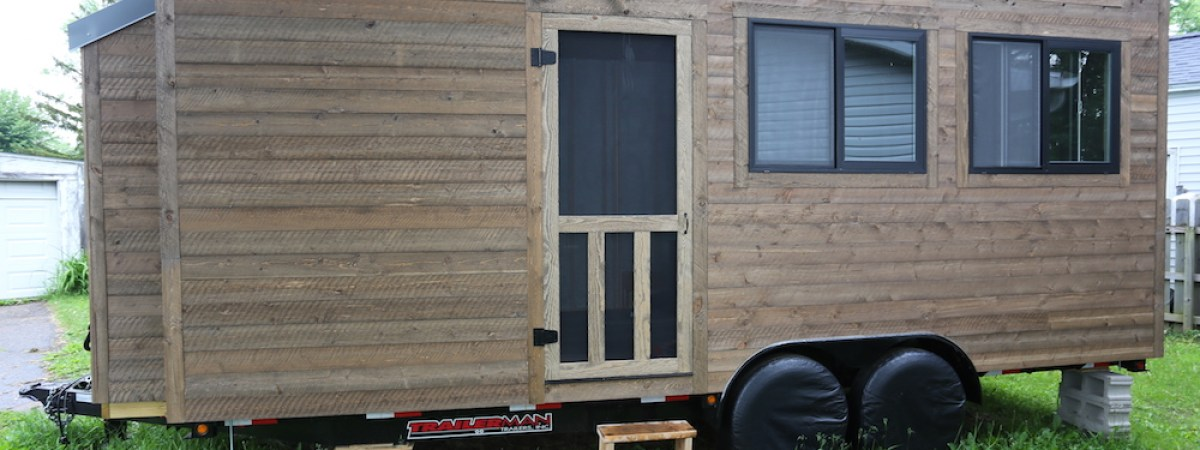 Tiny House: Rustic Screen Door