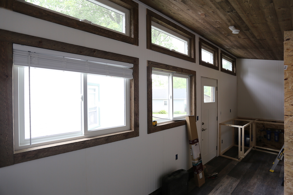 Tiny House: Wall Paneling