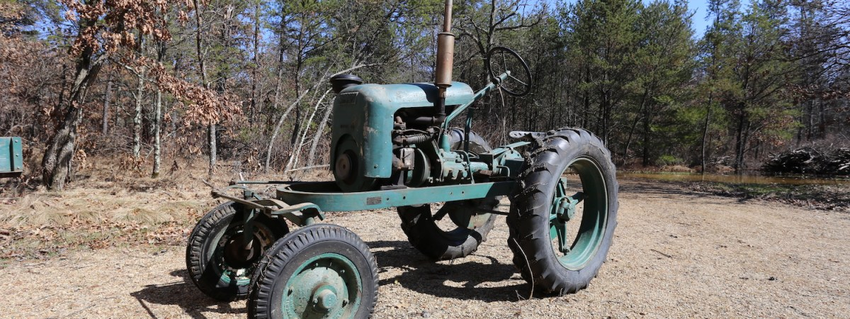 Vintage Shaw Du-All Tractor
