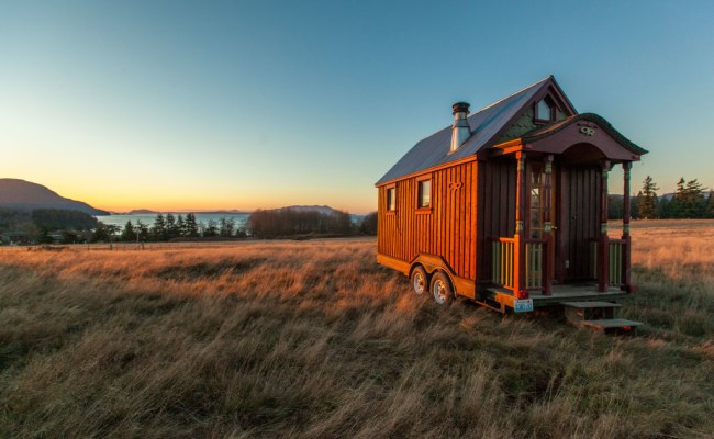 Tiny House Nation Host Talks About Being Happy With Less