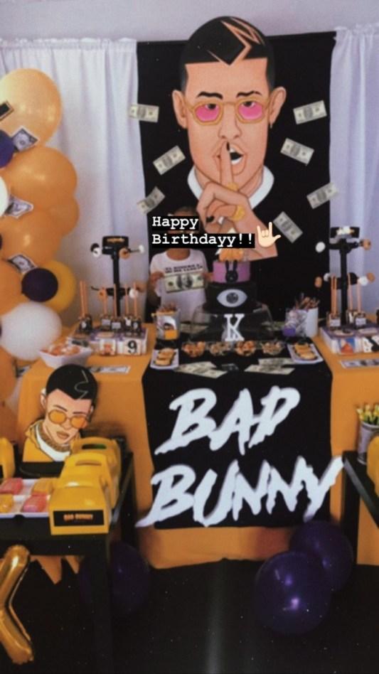 Fiesta con temática de Bad Bunny