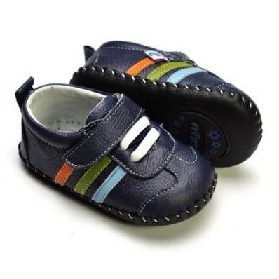 http://cdn2.chausson-de-bebe.com/975-thickbox_default/freycoo-chaussures-premiers-pas-cuir-souple-baskets-bleu-marine.jpg