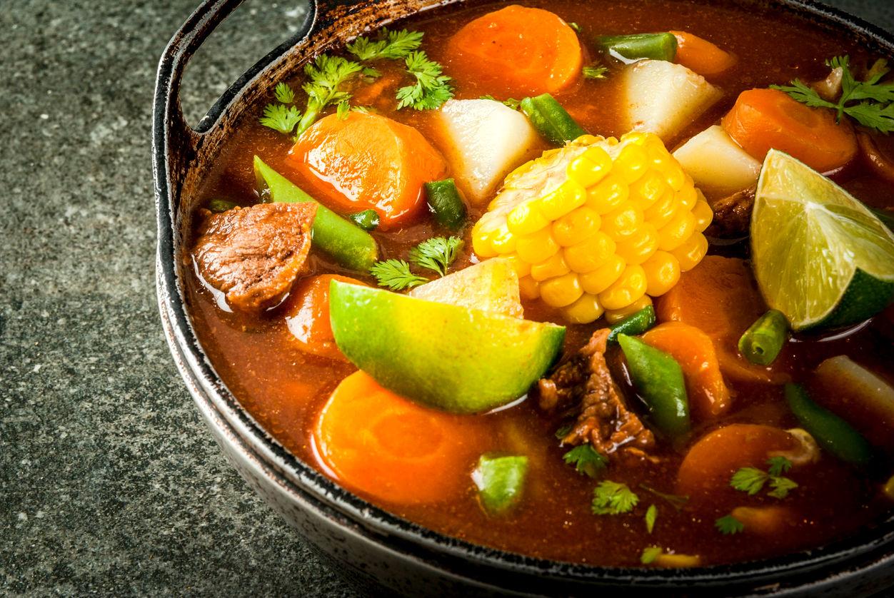 Receta fcil y deliciosa de caldo de res con verduras