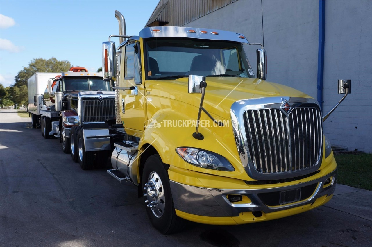 hight resolution of 2012 international prostar cab chassis conventional day cab tractor