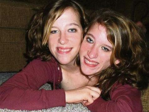 Abby a Brittany hensel datovania 2009