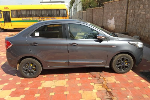 small resolution of ford figo aspire titanium1 5 tdci 2015 download brochure