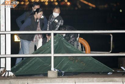 香港北角碼頭釣魚竟釣到嬰屍 男子嚇到壞掉了   ETtoday大陸新聞   ETtoday新聞雲