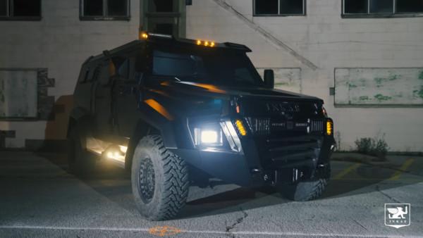 防彈軍車竟有「豪華劇院等級」內裝!能擋2顆手榴彈&步槍攻擊 | ETtoday車雲 | ETtoday新聞雲