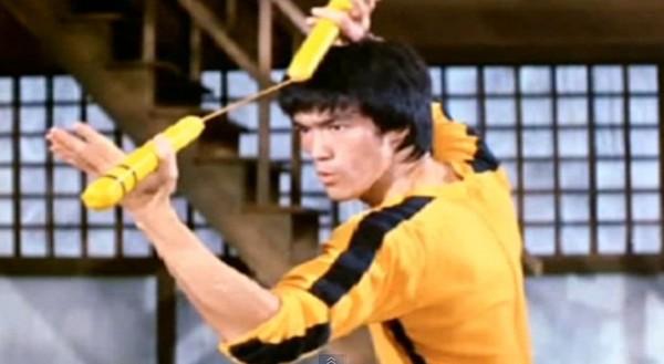 李小龍《死亡遊戲》黃色連身戰鬥裝 300萬拍賣出 | ET遊戲雲 | ETtoday東森新聞雲