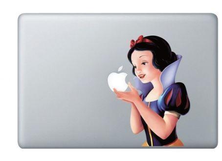 哇!白雪公主脫了衣服咬蘋果   ETtoday消費   ETtoday新聞雲